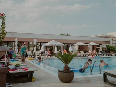 Imagini Hotel DORNA
