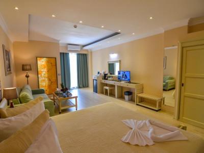 Imagini Hotel PHOENICIA LUXURY